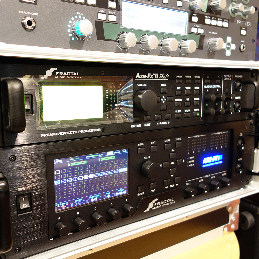 fractal audio systems axe fx ii xl used 人気のマルチプロセッサー