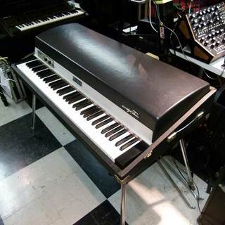 Rhodes STAGE Mark I 73Key