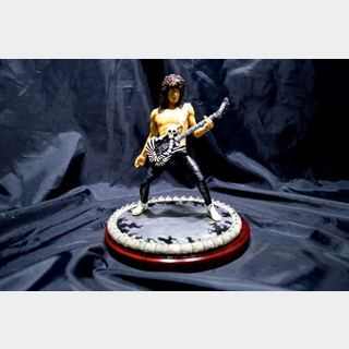 KNUCKLEBONZ Dokken George Lynch Artist Figure