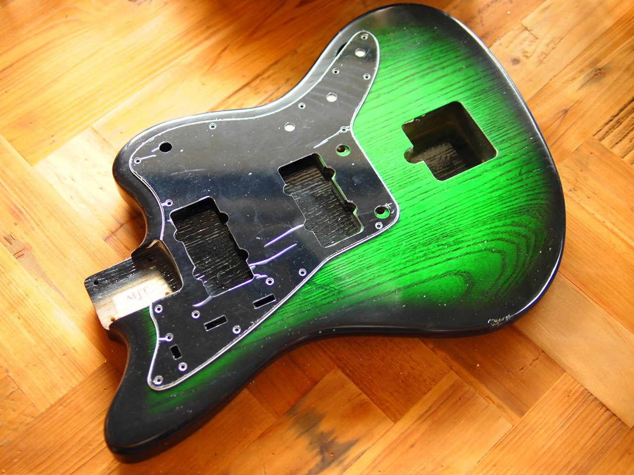 MJT Jazzmaster Body - Swamp Ash - Green Burst - Medium Relic