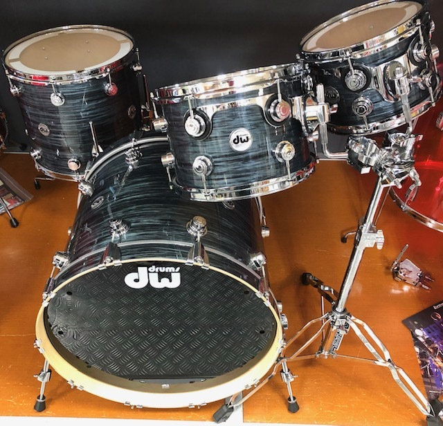 "dw Collector's Maple 22 ""[deep discount of up to 7/20!] BD 4-piece set"