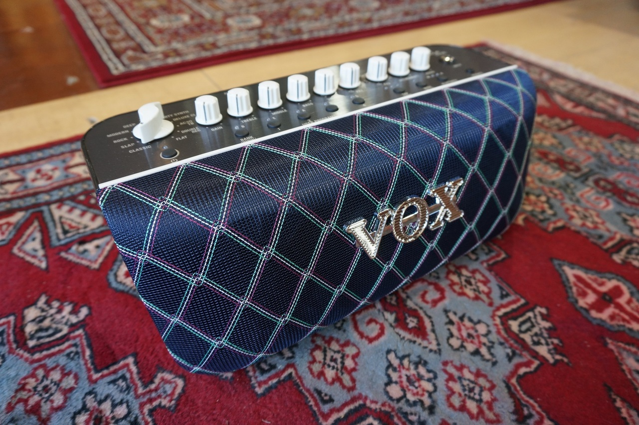 [Bass amp !!!! that can be used while deep discount !! compact body] VOX Adio Air BS