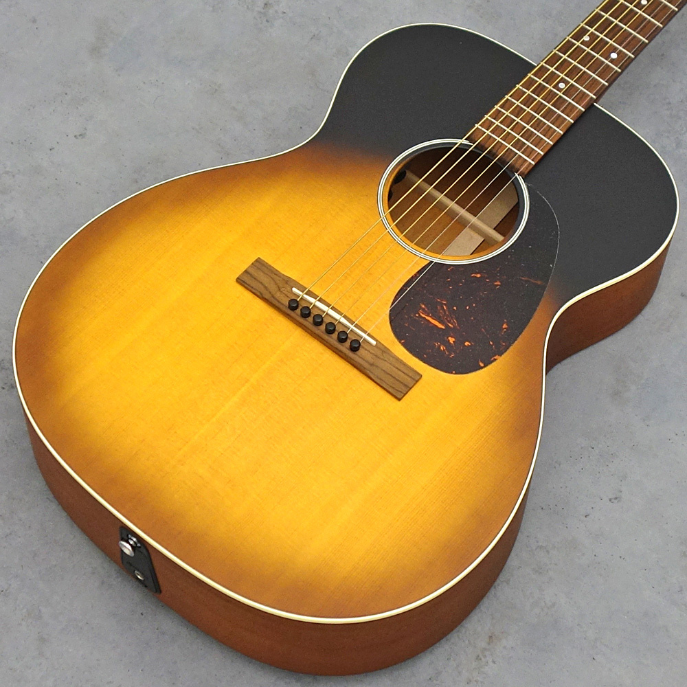 Martin 000-17E Whiskey Sunset [storefront display replacement Specials!]