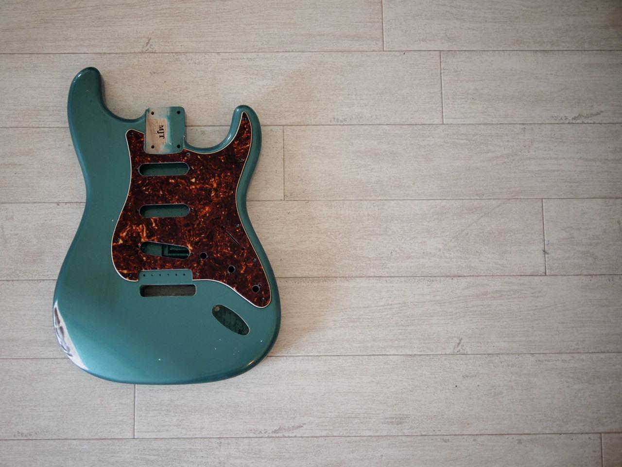 MJT Stratocaster Body - Swamp Ash - Sherwood Green - Medium Relic
