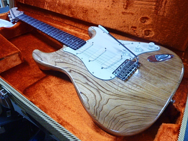 FineGuitars BareSoul No96