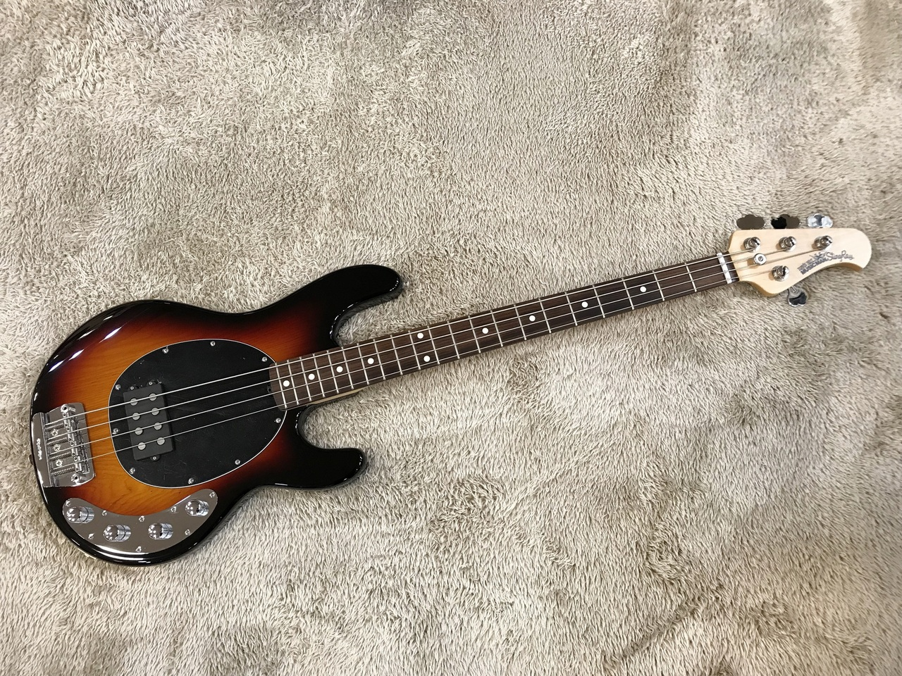 MUSIC MAN StingRay 4 1H Vintage Sunburst / Rosewood Outlet Specials]