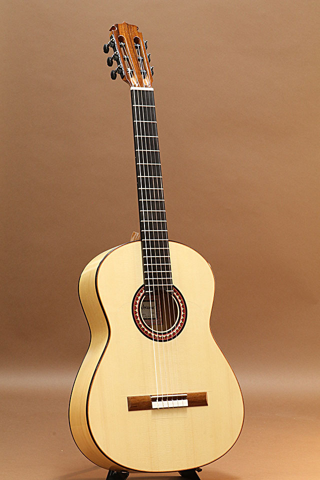 Marchione Guitars Flamenco Old Growth European Spruce/Mediterranean Cypress