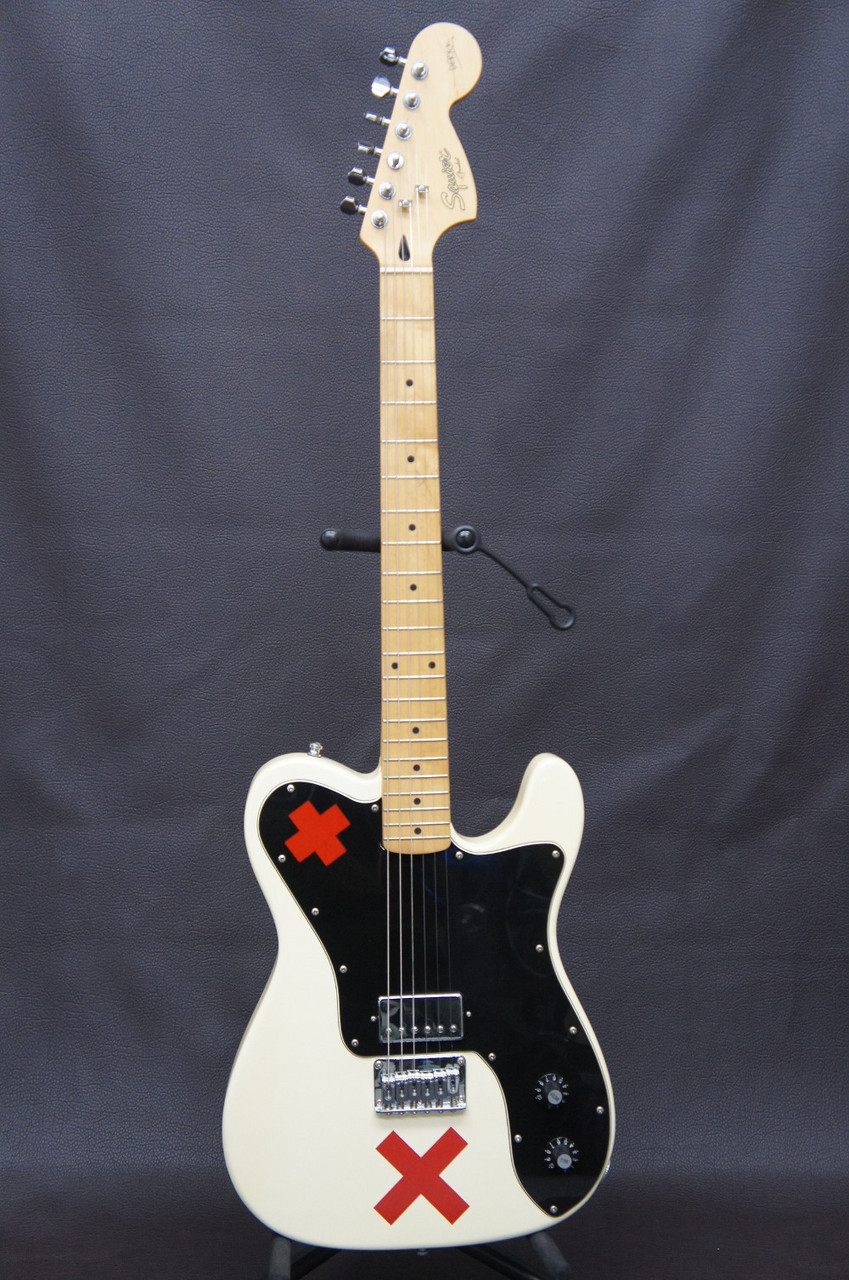 Squier by Fender DERYCK WHIDLY