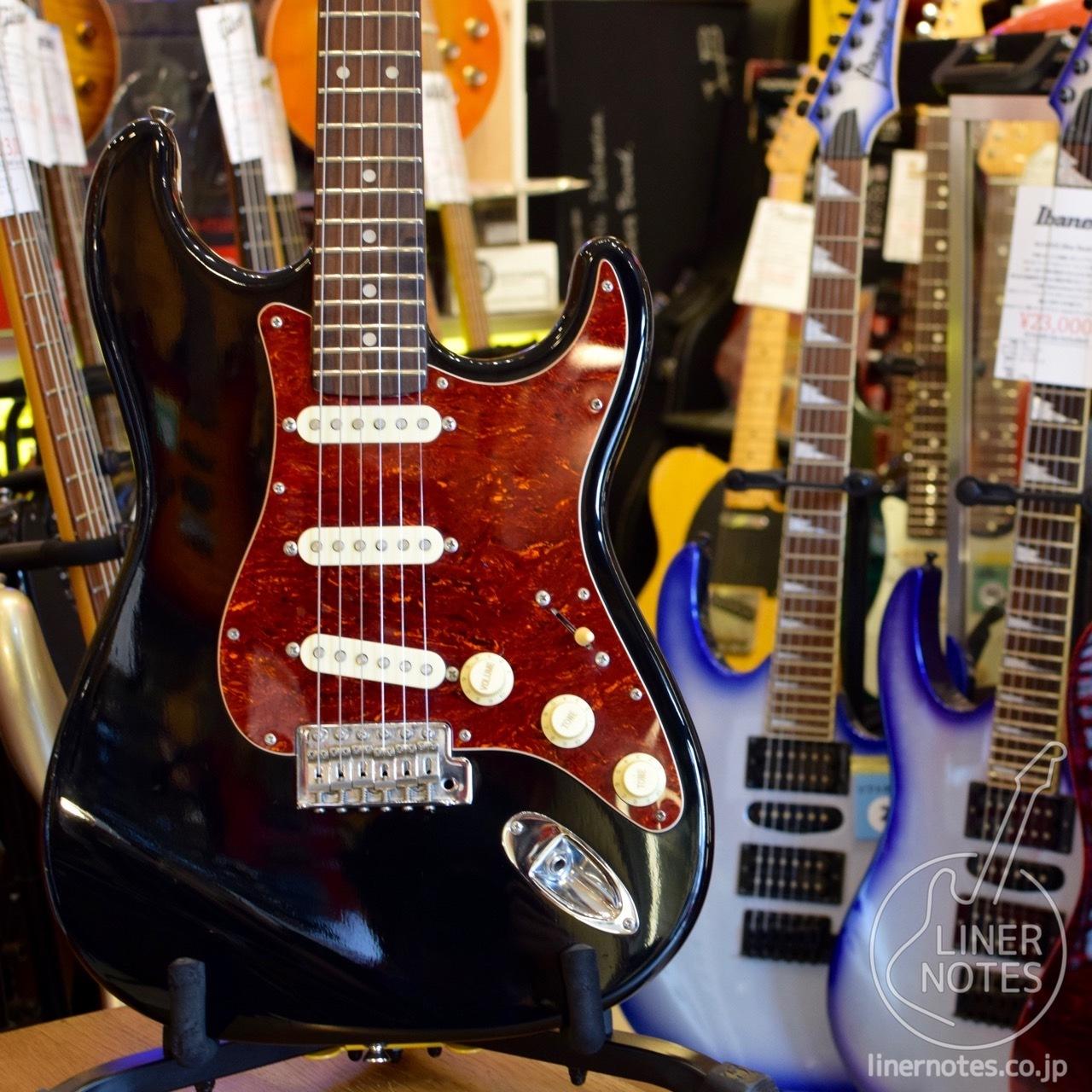 布賴恩酒神的Stratocaster(黑色)