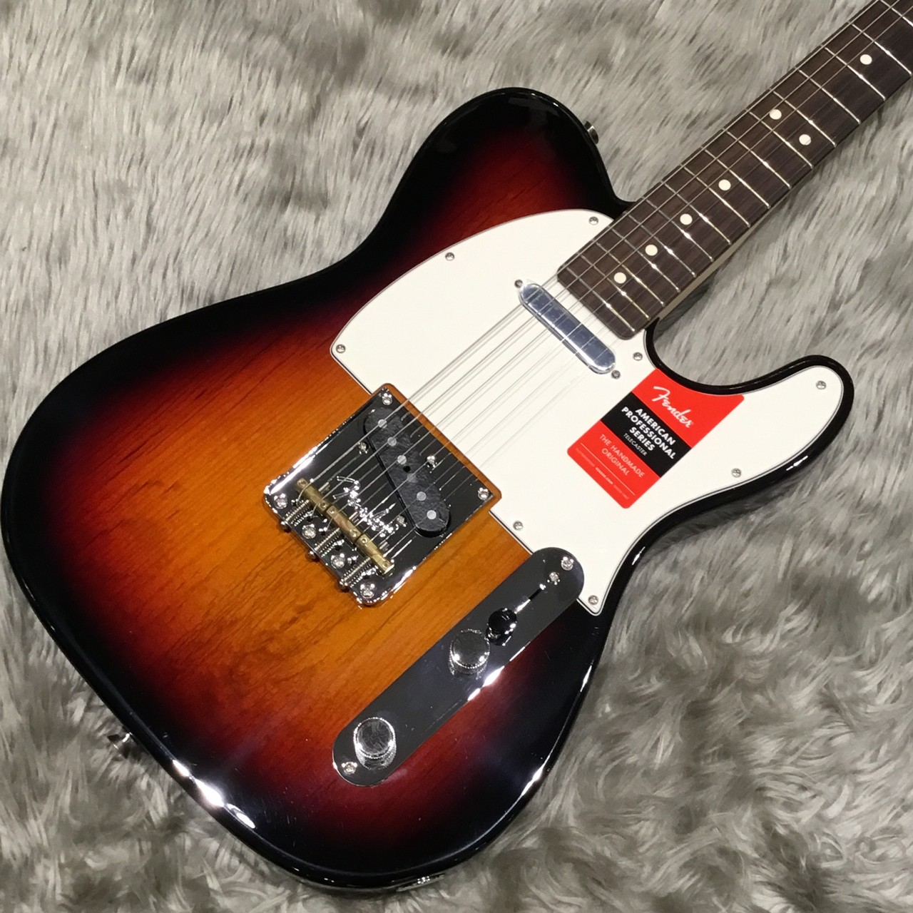 Fender (フェンダー)American Professional Telecaster / Rosewood指板 テレキャスター【送料無料で即納可能】