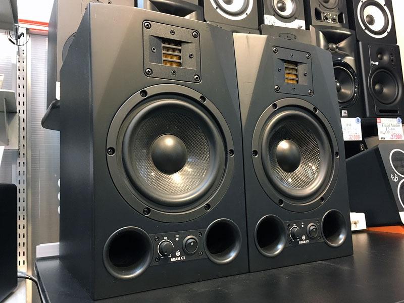 ADAM Audio A7X (pair) [exhibition disposal bargain basement!]
