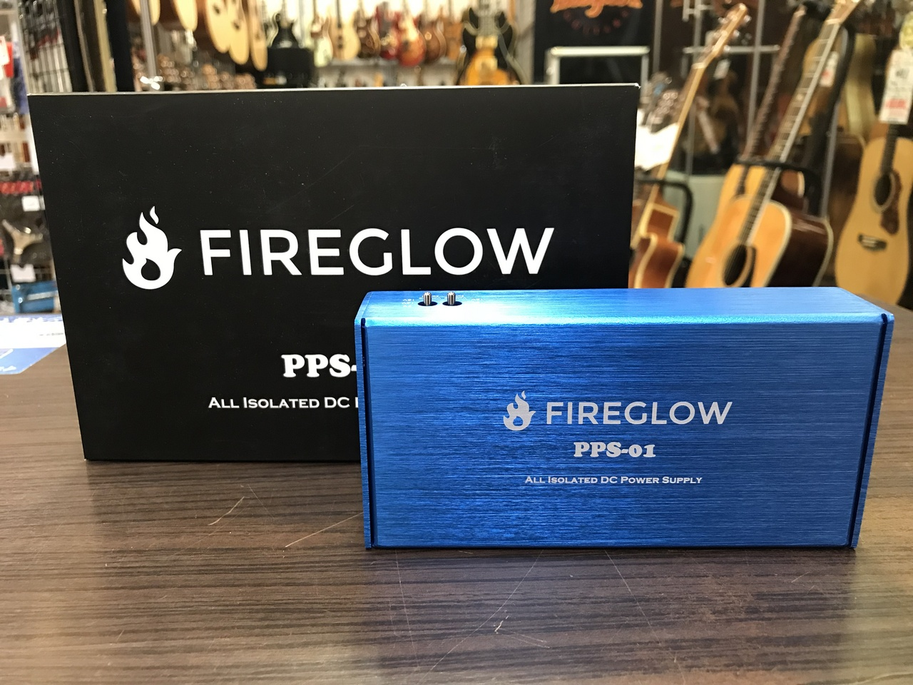 FIREGLOW PPS-01 All Isolated Pedal Power Supply [power supply] [I sell!]