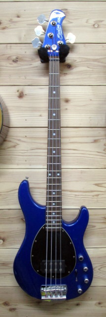 Sterling by MUSIC MAN SB14
