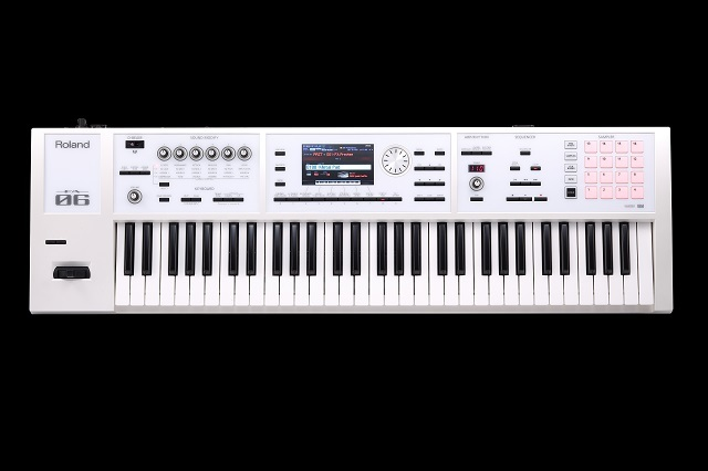 Roland FA-06-SC / white-collar [possible instant delivery] 800 timbre or more additional timbre, with a special case!