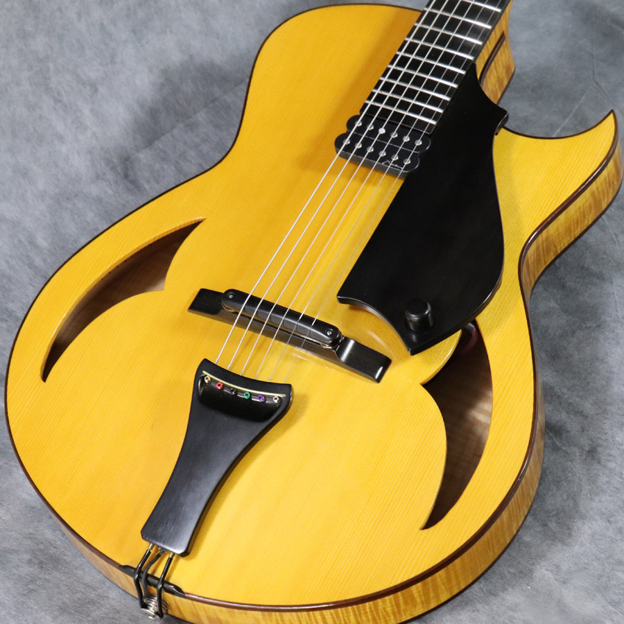 Marchione 15Inch Archtop Natural 【梅田店】
