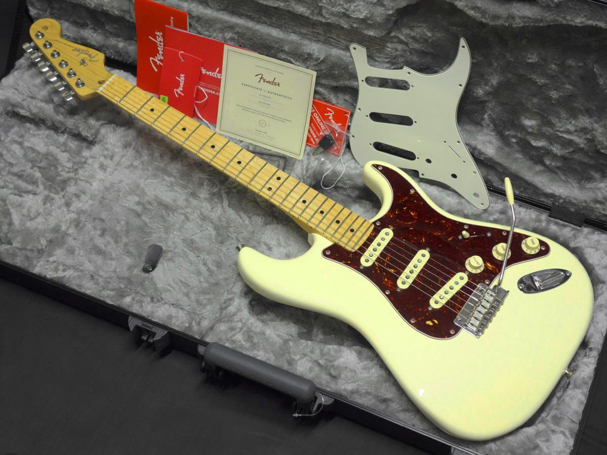 Fender American Professional Stratocaster Olympic White [the end of the year big thank Sale] [Gifu shop]