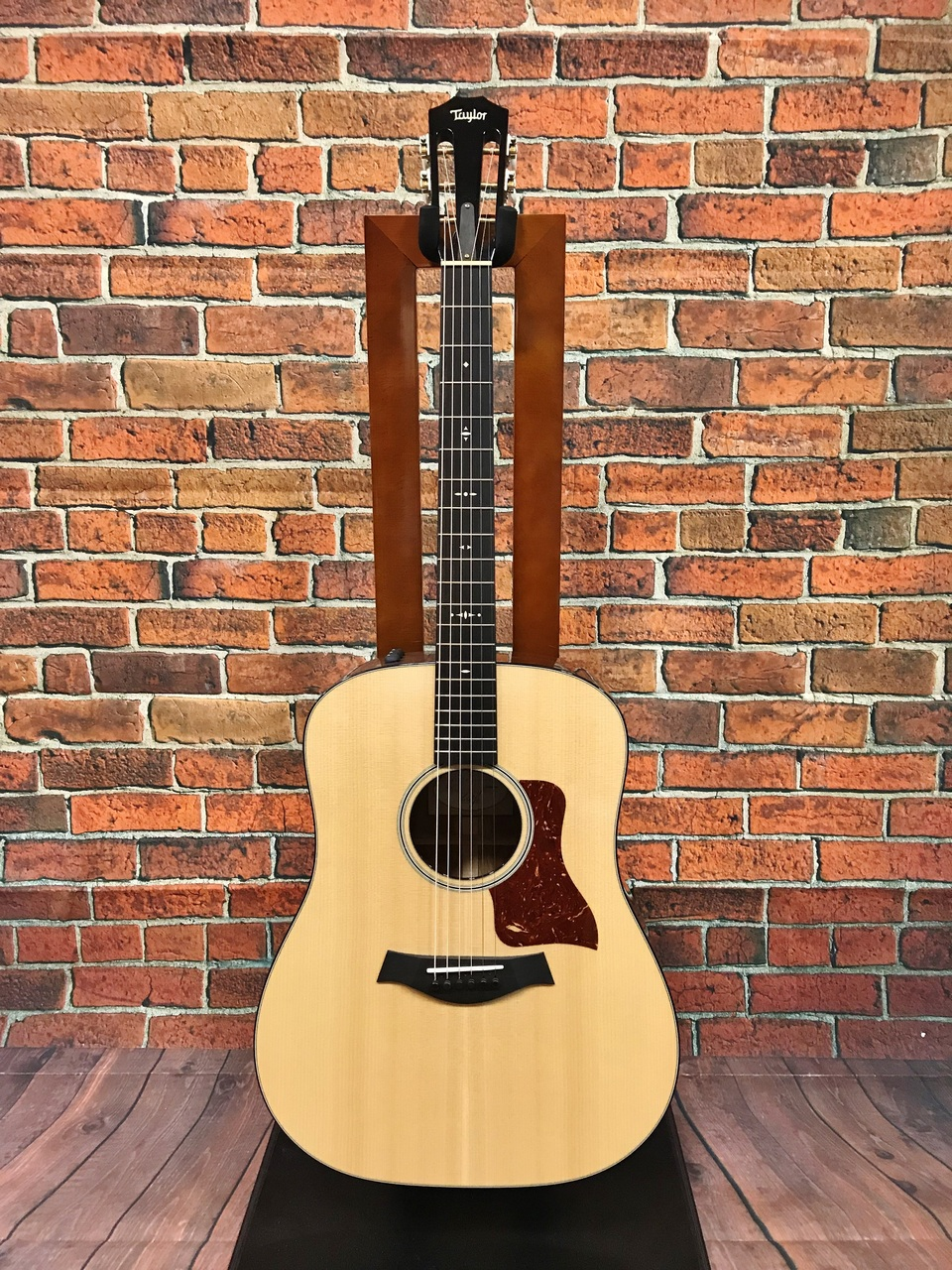 Taylor 510e ES2 [used beauty products] [Made in 2016]
