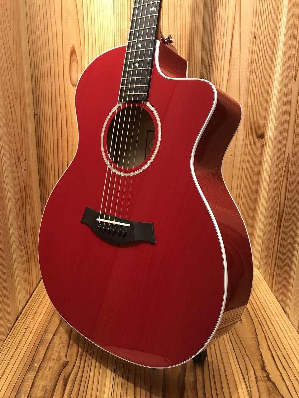 Taylor 214ce DLX RED【新品】 【メイプル材ボディ】【ES2ピックアップ搭載】 【メキシコ製】