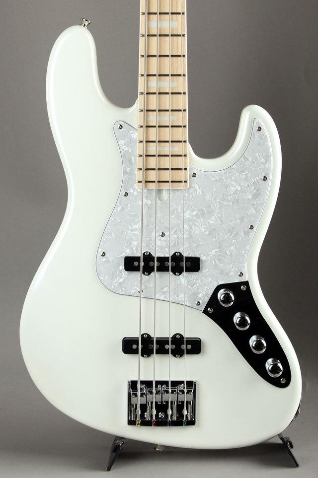 Moon JB-4A Pearl White