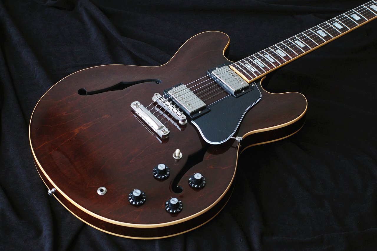 Gibson Memphis 2017 Limited Run ES-335 1970s Walnut