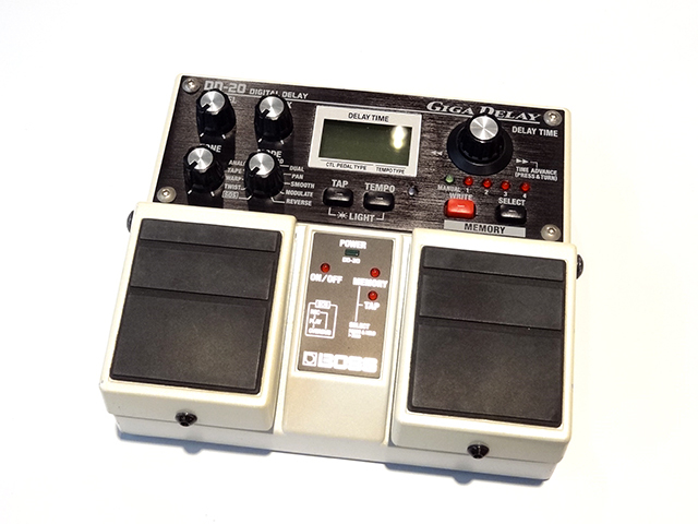 "BOSS DD-20 Digital Delay ""GIGA DELAY"""