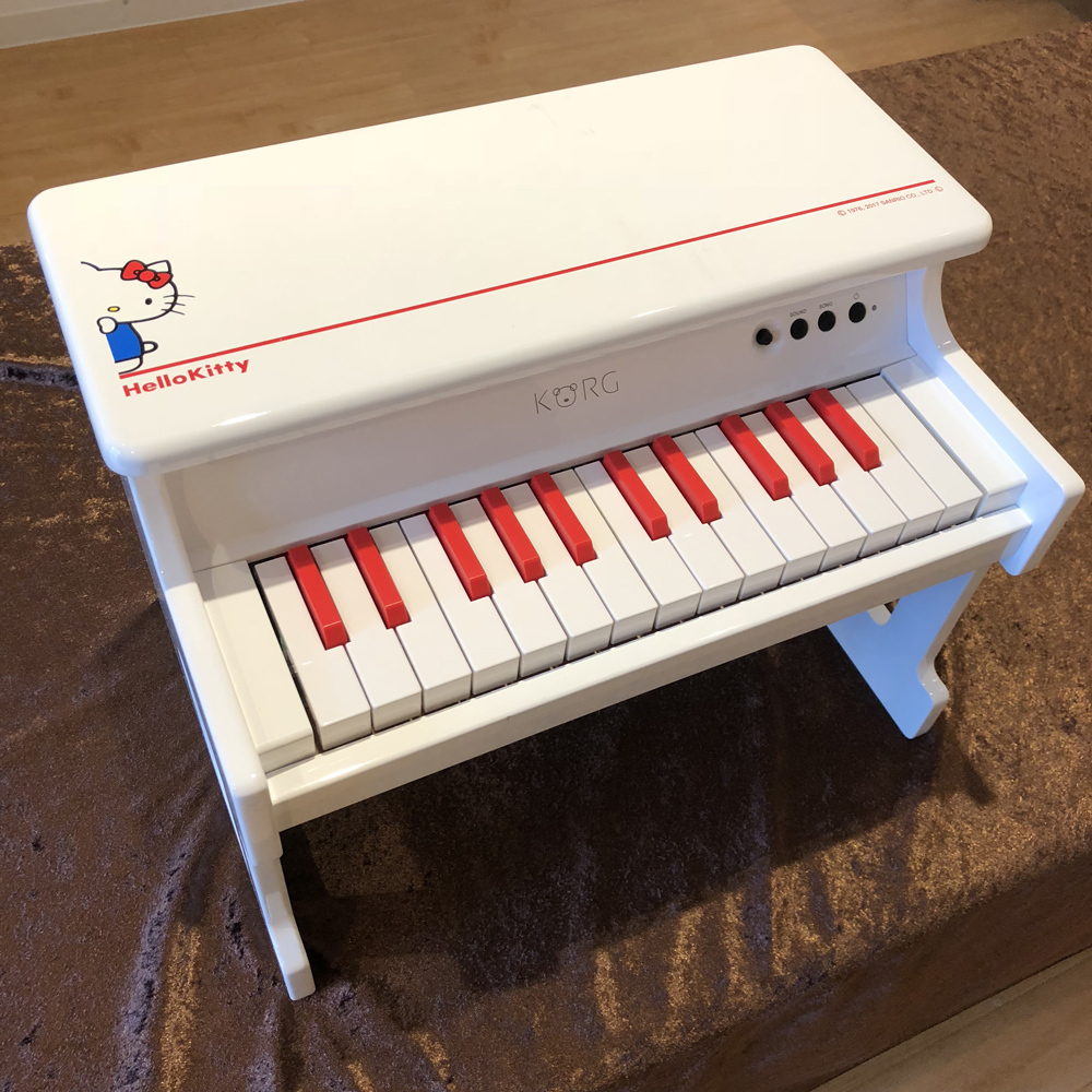 KORG tinyPIANO-SKT Hello Kitty - one limited exhibit Specials!] []
