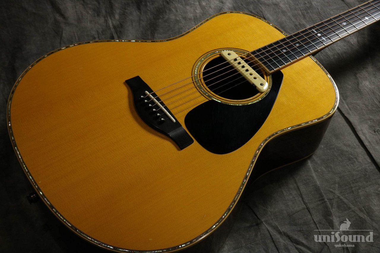 YAMAHA LL36 ARE (with L.R.Baggs M1 Soundhole Pickup)