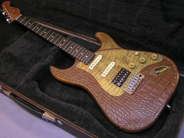 Paoletti Guitars Stratospheric Brown Leather Top HSS