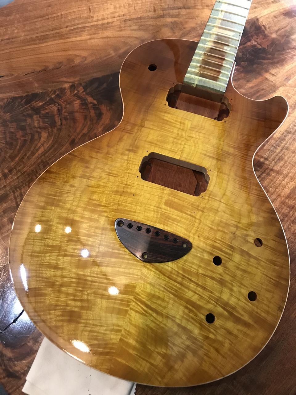 Bizen Custom Order Grain Arched Top Hard Rock Maple Top Jacaranda FB 1-Piece Cuban Mahogany Neck