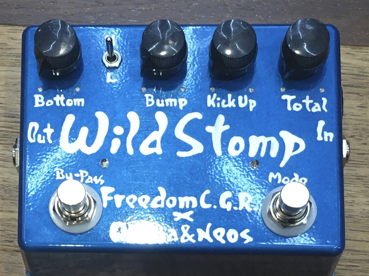 FREEDOM CUSTOM GUITAR RESEARCH × Akima & Neos Wild Stomp S-LTD(Candy Blue)