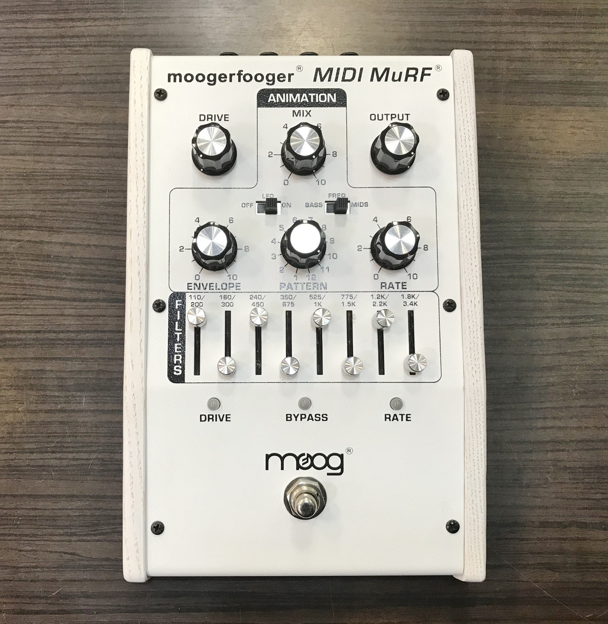 MoogerFooger MF-105M MIDI MuRF White Edition Outlet Specials] [filter]