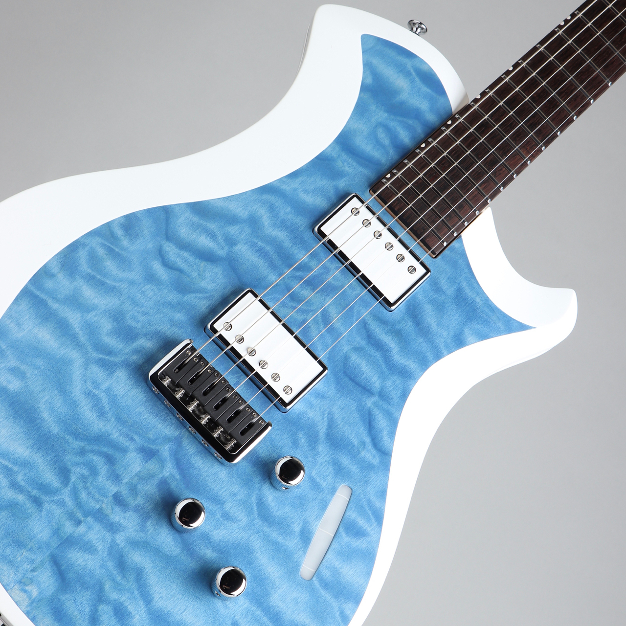 Relish Guitars MARY ONE Quilted Maple Blue White Edge