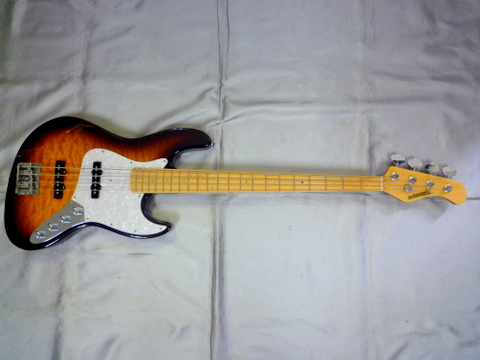 EDWARDS E-BUZZ BASS 2TS