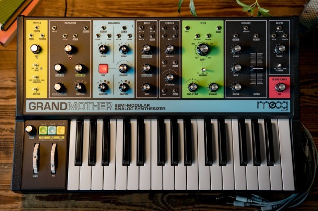 Moog Grandmother [split commission-free interest rate campaign taking place! Until]