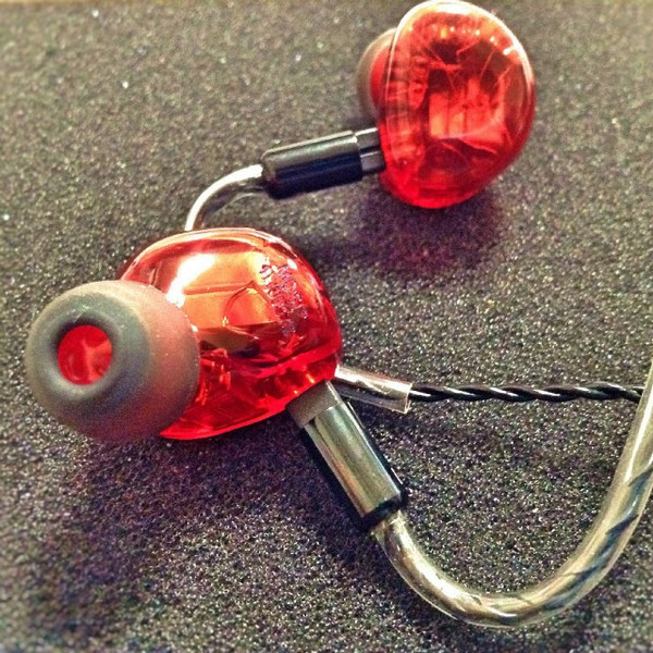 Heir audio 10.Ai (Red)
