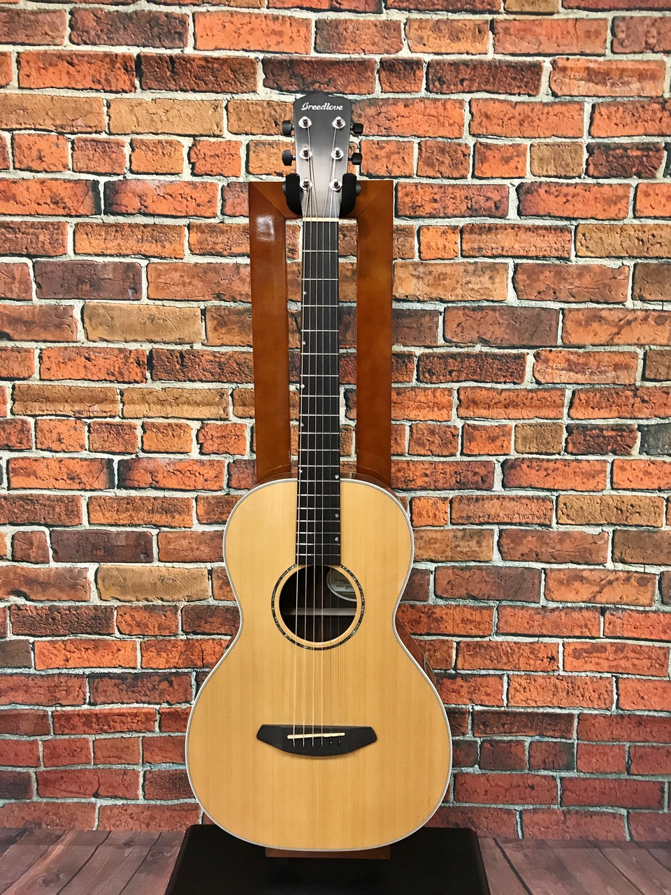 Breedlove Premier Series P22E Outlet Specials] [production completion model]