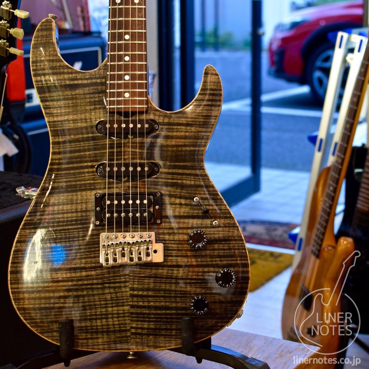 Don Grosh Custom Carve Top S (Trans Black) w / Brazilian Rosewood FB