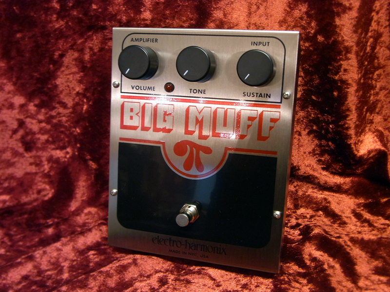 Electro-Harmonix BIG MUFF [current Bikkumafu is 35% OFF !!!! bargain basement]