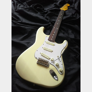 Squier by Fender 1983 SST-30 VWH/R JVシリアル