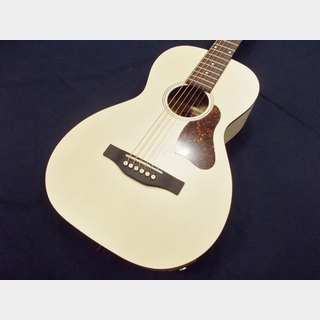 Art&Lutherie Roadhouse Faded Cream A/E