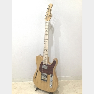 G&L ASAT Classic Bluesboy Semi-Hollow, Maple Fingerboard / Natural