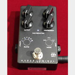 Darkglass Electronics Hyper Luminal Black Color Limited 【市場希少】【国内70台限定カラー】