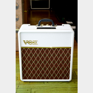 VOX AC4C1-12-WB White Bronco Limited Edition