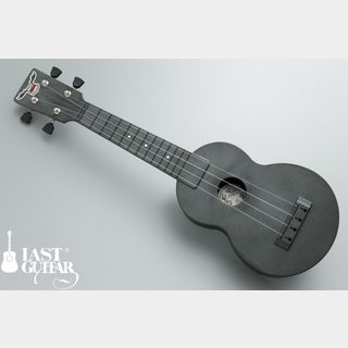 OUTDOOR UKULELESoprano Carbon Nickel