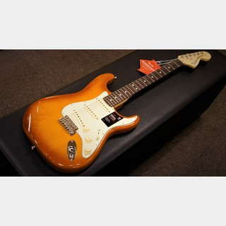 Fender American Performer Stratocaster, Rosewood Fingerboard (Honey Burst)