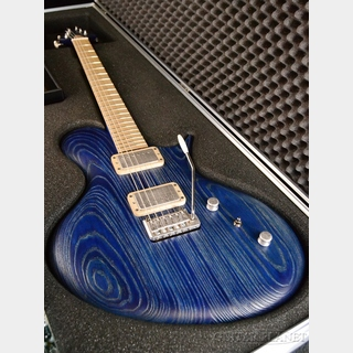 RITTER Porsch T1 with Custom Tremolo -Sandblasted Blue- by Jens Ritter