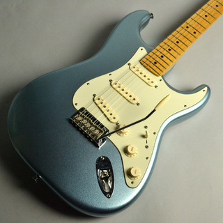 Fender USED/American Deluxe Strat® Plus, Maple Fingerboard, Mystic Ice Blue