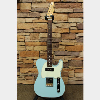 Fender FSR Made in Japan Hybrid 60s Telecaster® P-90 Sonic Blue