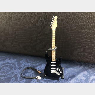 Miniature David Gilmour Miniature Guitar
