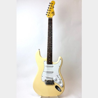 G&L Tribute S-500 , Rosewood Fingerboard / Vintage White